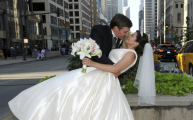 Kiss on Michigan Ave